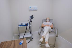 A Estimulação Magnética Transcraniana não traz dores durante a aplicação.